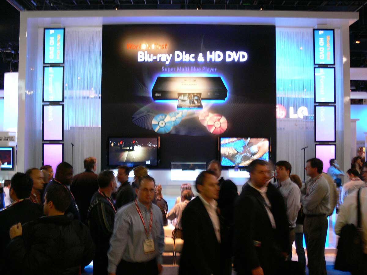 Nossa equipe acompanhou ao vivo a disputa entre Blu-ray e HD-DVD, iniciada na CES 2006.